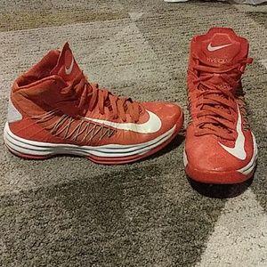 Nike Hyperdunk Hightop Sneakers 9.5